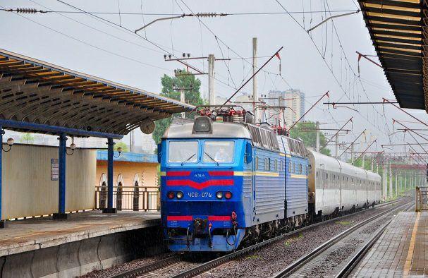 В поездах, которые направляются из Краматорска в Киев и обратно, вернулась полноценная продажа билетов