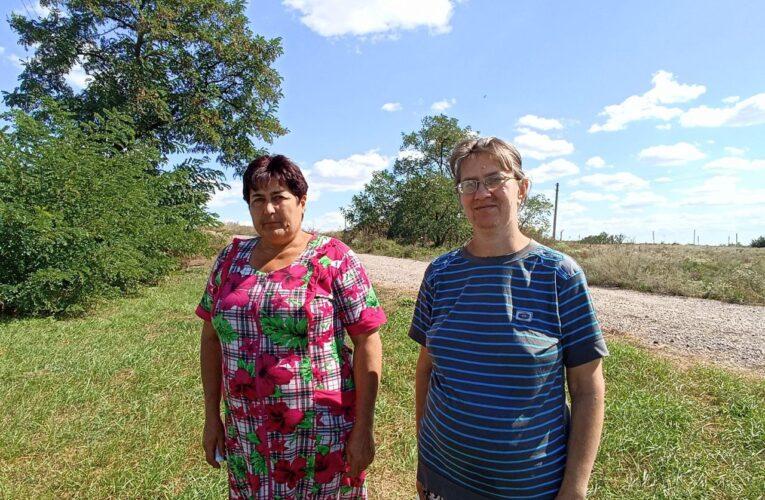 После обстрелов электричества боялись сюда ехать, мы месяцами сидели без света — жительницы Новогригорьевки